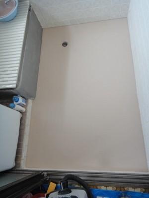 浴室床タイルにバスナフローレ